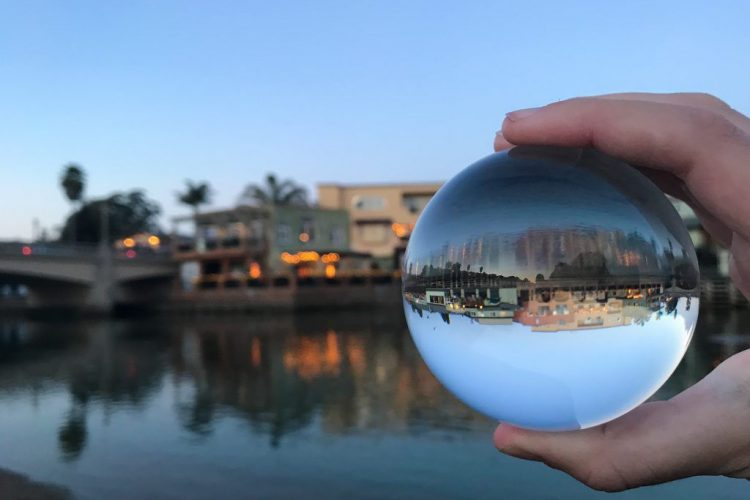 Win Several Prizes for Photographers in the Lensball Photography Technique Contest 2020
