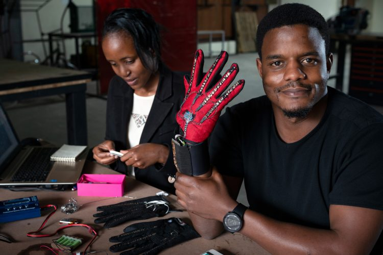 Win up to £25,000 for Sub-Saharan African Engineering Innovators in the Royal Academy of Engineering Africa Prize for Engineering Innovation 2021