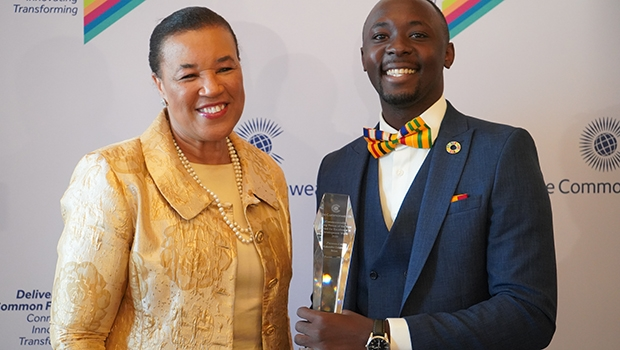 Get up to £5,000 for Outstanding Young Leaders in the Commonwealth Youth Awards for Excellence in Development Work 2021