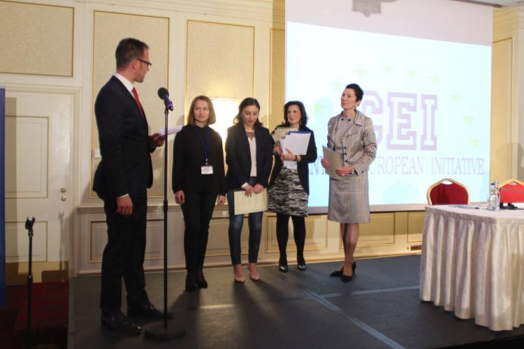 Win up to EUR20,000 for Young and Active Citizens in the Call for Ideas and Award Competition by CEI