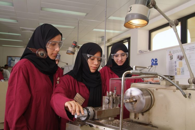 Win Up to $4,000 for Female Scientists in the TWAS-Samira Omar Innovation for Sustainability Award 2021.